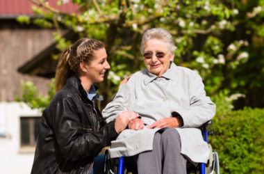 Caregiver Guide To Help Aging Adults With Mobility Issues