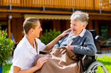 Home Organization Tips For Caregivers of Seniors With Mobility Issues