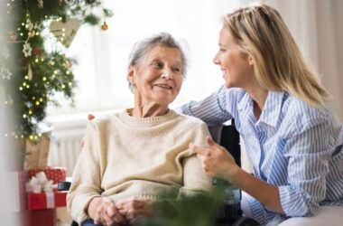 Holiday Tips for Dementia Caregivers During COVID-19 Pandemic